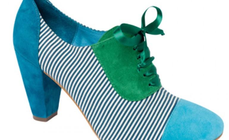 "Desigual Shoes!, silhouette per una donna ""not the same"""