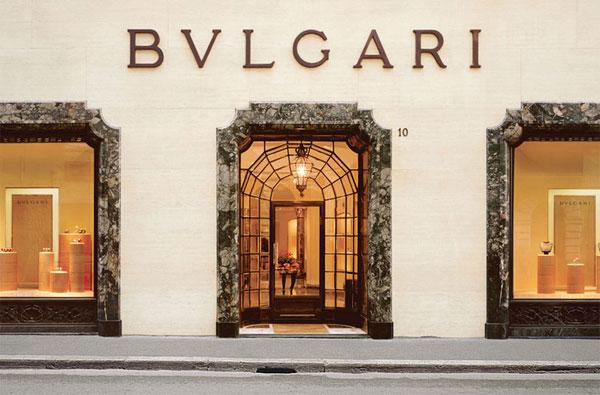 La boutique storica di Bulgari di Via Condotti 10 a Roma