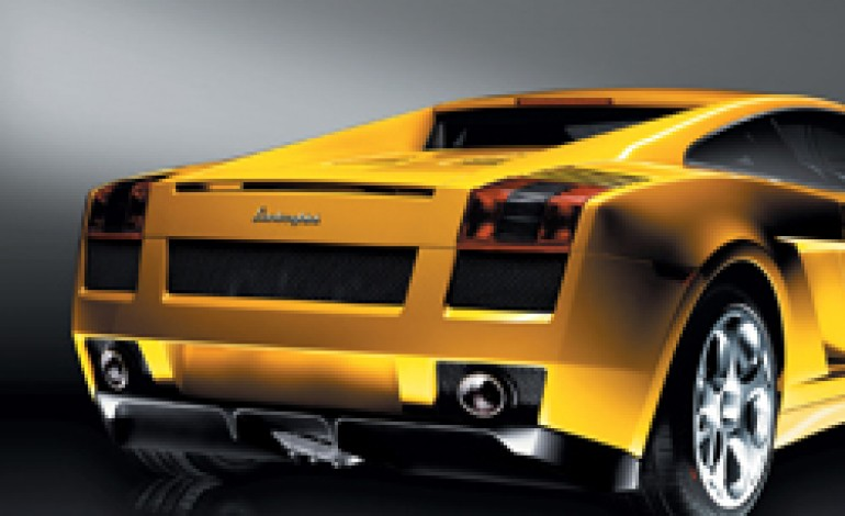 Automobili Lamborghini mette il turbo. 2011 a 322 milioni
