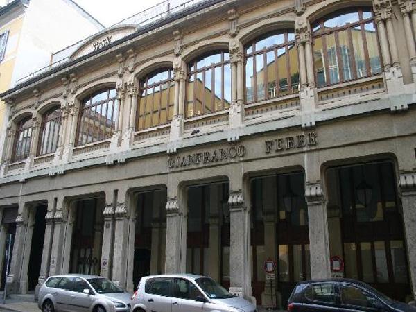 Lo stabile di via Pontaccio a Milano, ex sede di Gianfranco Ferrè