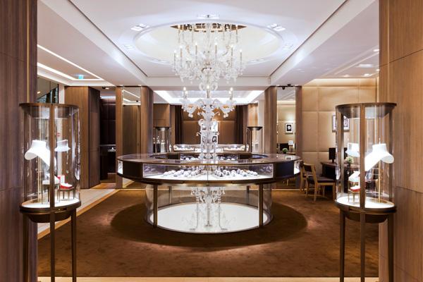 Store Cartier in via  Montenapoleone