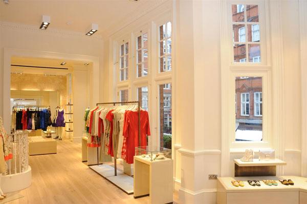 Oscar-de-la-Renta-Opens-London-Flagship-Store_sito