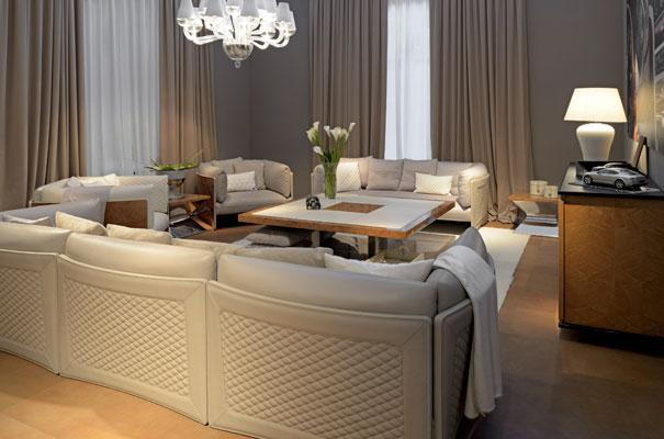 Bentley Home - sofa Charles disegnato da Carlo Colombo
