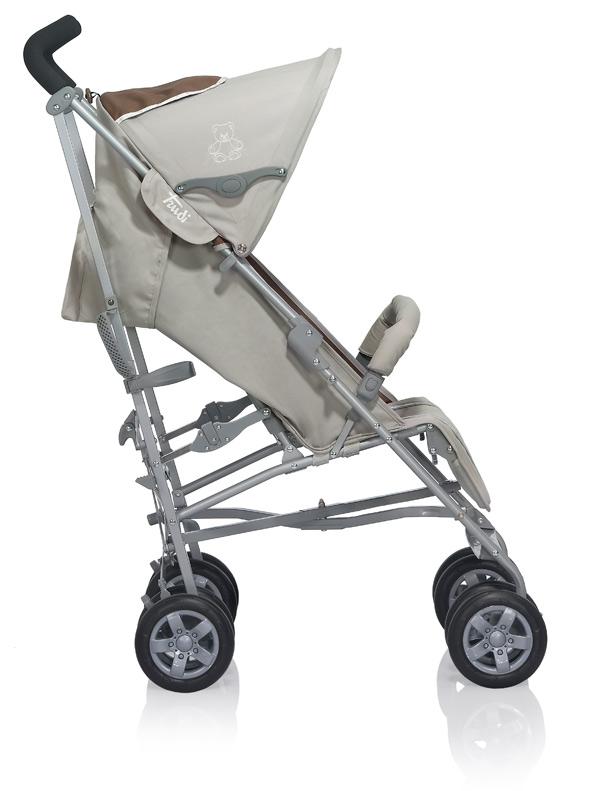 Un passeggino Trudi New Born