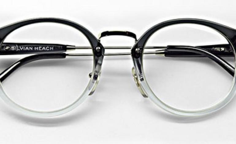 Silvian Heach si mette gli occhiali