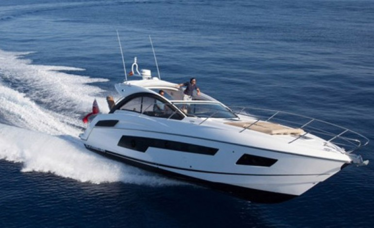 I cinesi si comprano gli yacht di James Bond