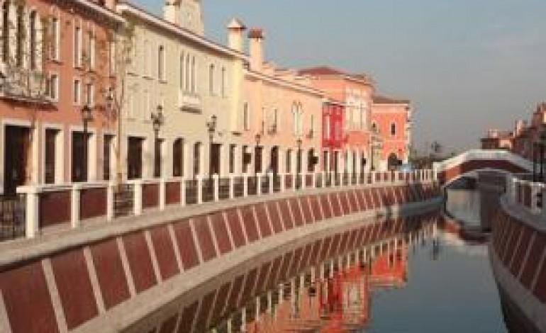 Fingen porta i Florentia Village in Cina. Due già nel 2014