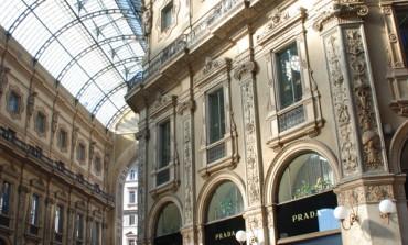 Prada conquista un altro palazzo in Galleria
