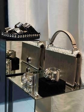 Boutique accessori Giambattista Valli