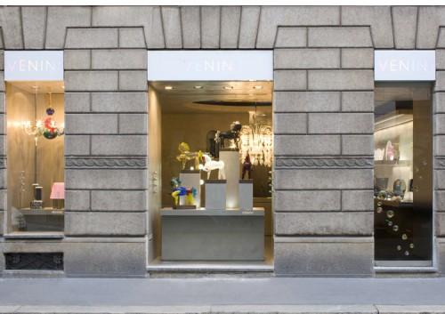 Il negozio Venini in via Montenapoleone