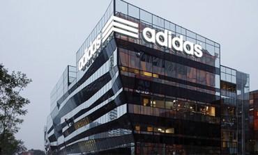 Adidas lancia la linea Standard 19