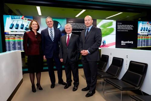 Da sinistra: Maureen McGuire e Dan Doctorff di Bloomberg e Declan Collier e Matthew Hall di LCY