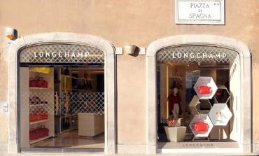 Longchamp conquista piazza di Spagna
