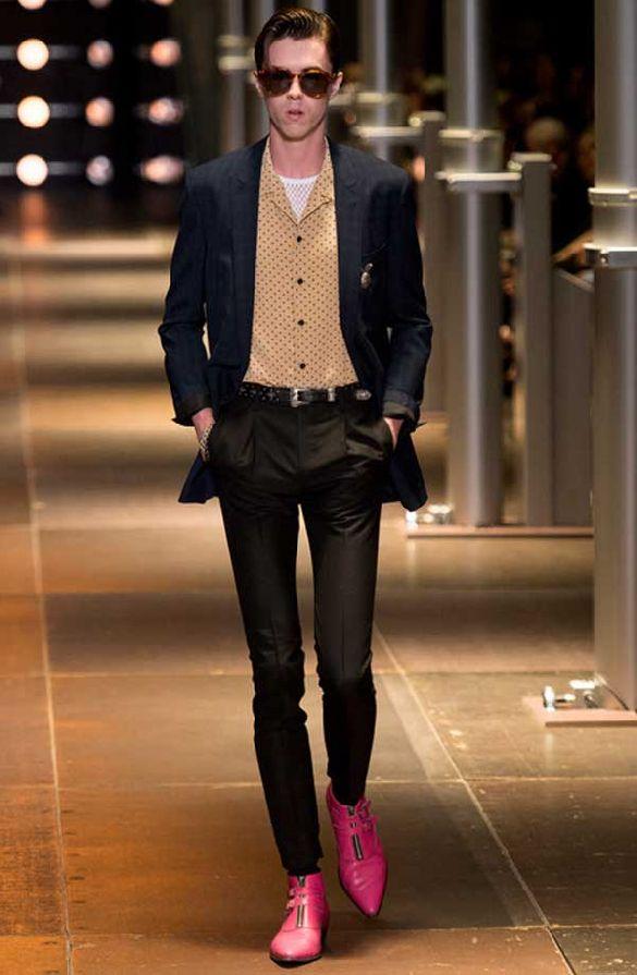 Un look Saint Laurent della passata edizione parigina (ph. Style.com)
