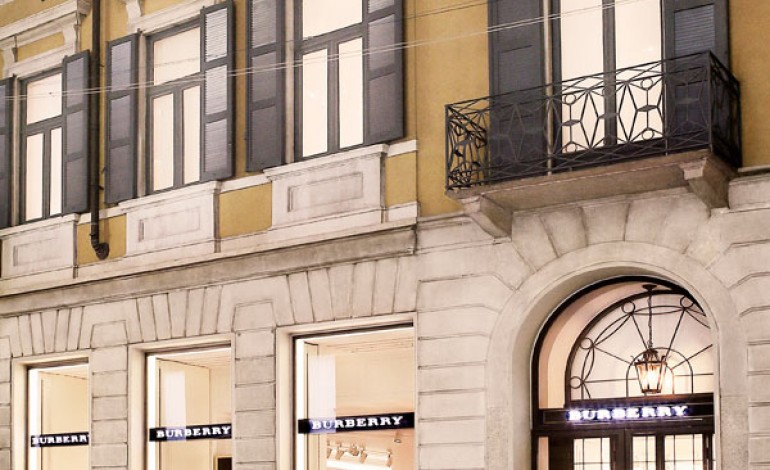 Burberry, boutique globale in Montenapo