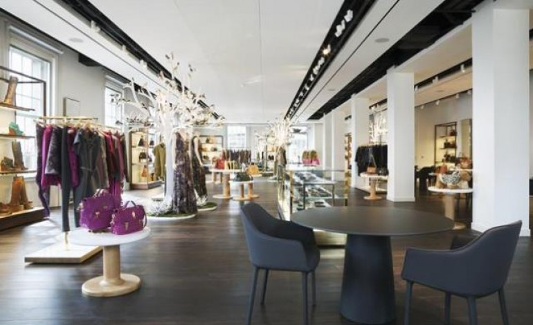 Mulberry pensa a terzo stabilimento in Uk