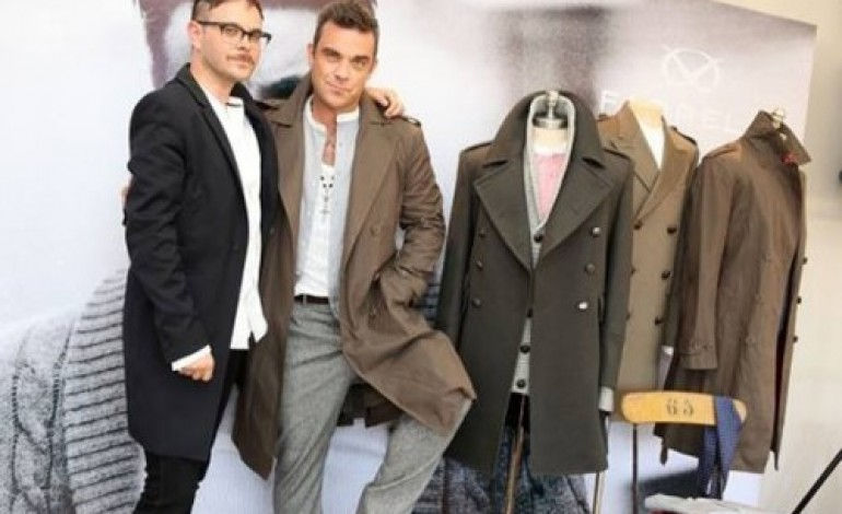 Robbie Williams ci riprova con Farrell