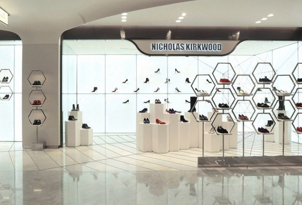 Lo store Nicholas Kirkwood a Beijing