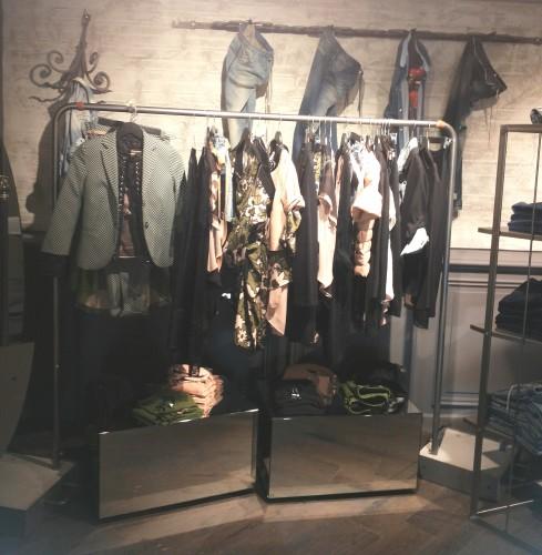 """Il nuovo concept store """"Rich&Row"""" Sisley a Milano."""