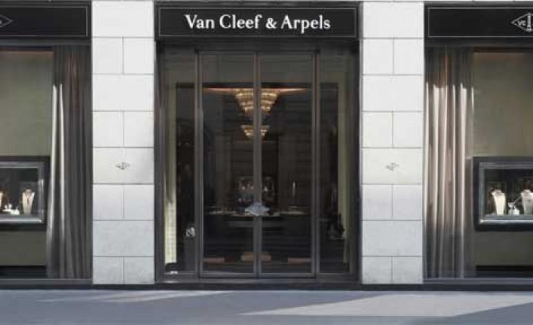 Van Cleef & Arpels inaugura in Montenapo