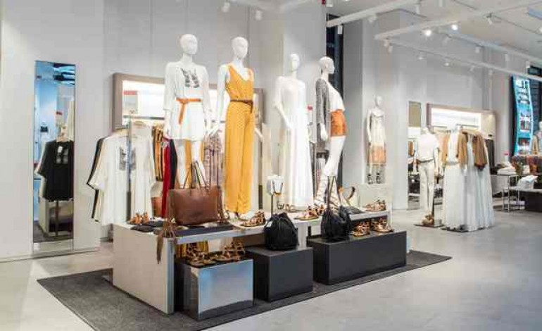 Milano celebra il retail low cost