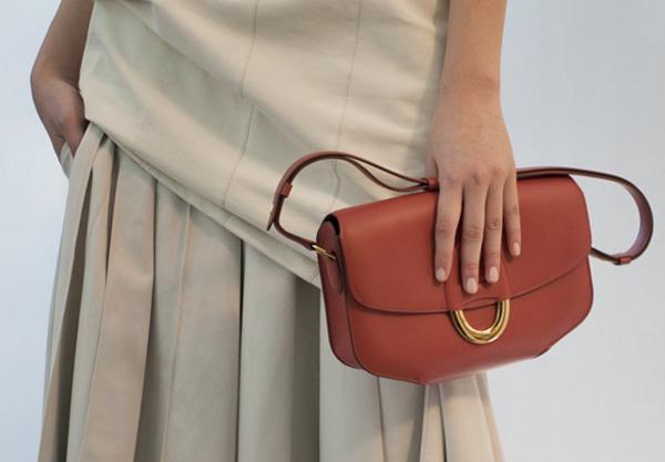 Hermès, altri 2 impianti in Francia entro il 2020
