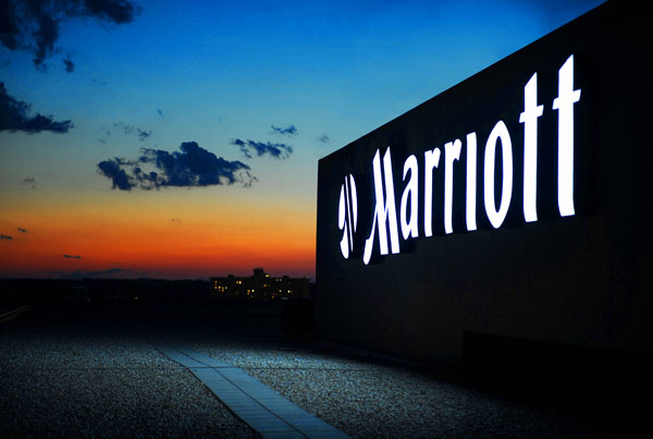 Starwood in mano a Marriott