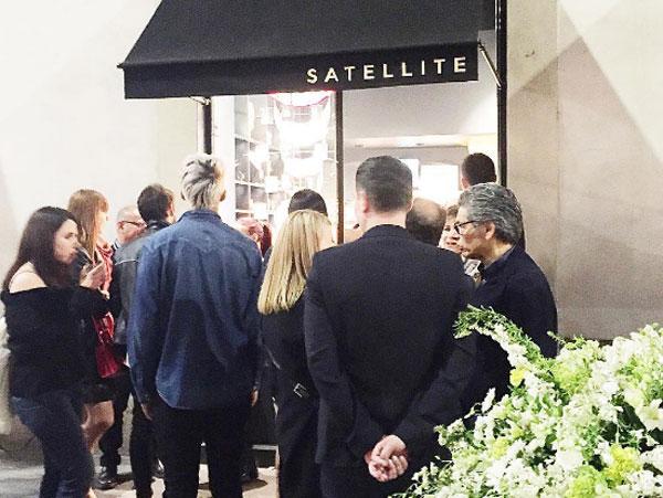 Satellite Paris inaugura a Milano