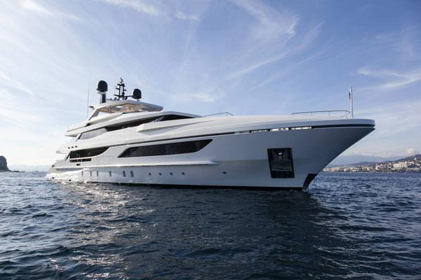 La nautica italiana torna a correre nel 2015