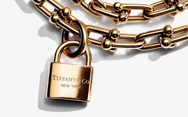 Tiffany, vendite flat nei 12 mesi
