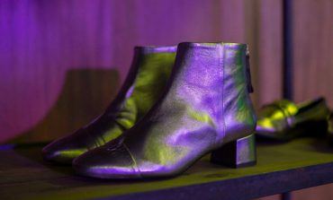 Vivarte cede anche le scarpe di Merkal