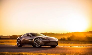 Aston Martin mira a valere 5 mld £