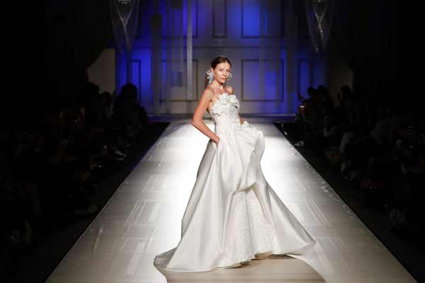 Sì Sposaitalia Collezioni lancia White Carpet