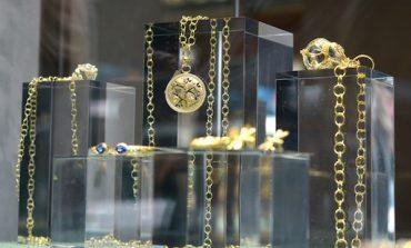 Vettori porta i gioielli di Temple St. Clair a Firenze