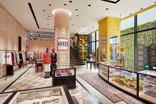 Gucci inaugura la nuova boutique di Tokyo
