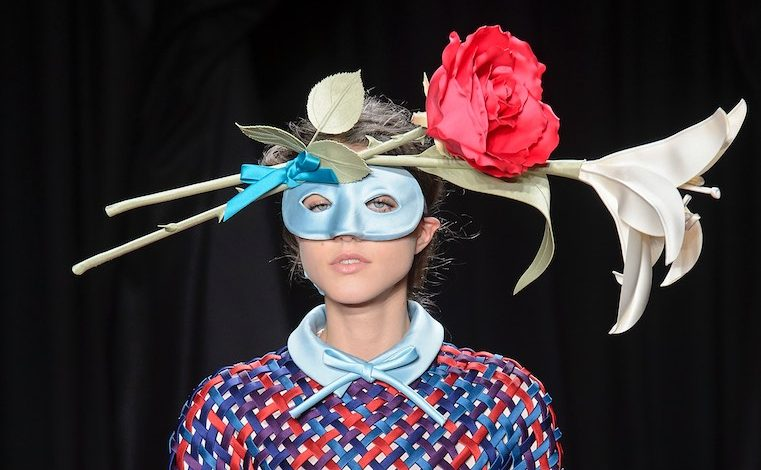 Ai nastri di partenza l'alta moda di Parigi