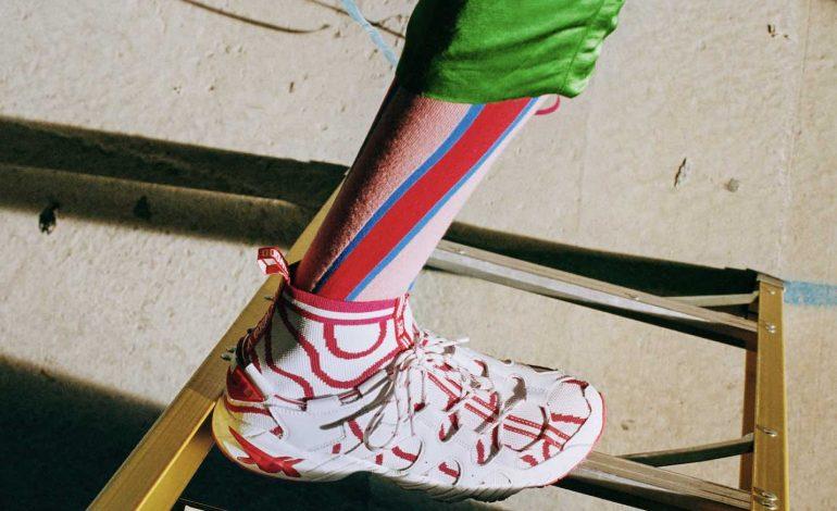 Asics corre con Vivienne Westwood