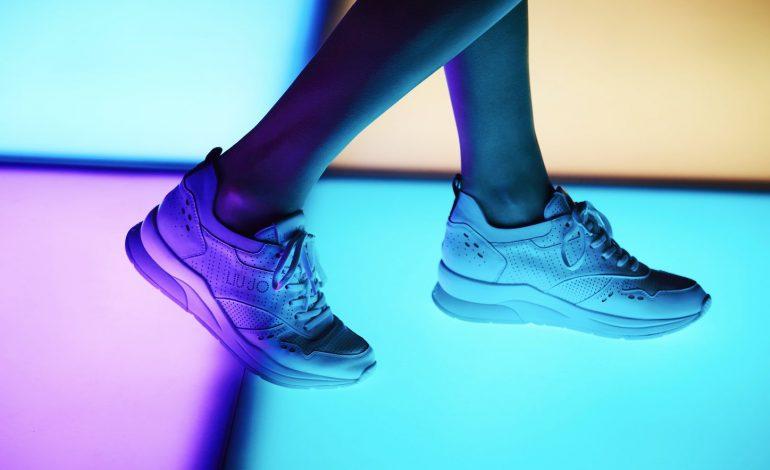 Le sneakers di Liu Jo conquistano la pista da ballo