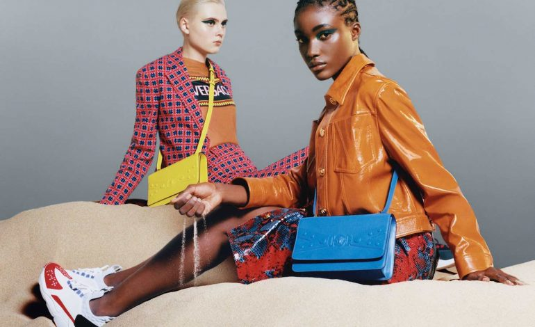 Versace lancia la linea di borse Tribute X
