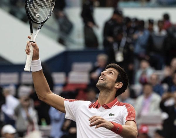 Lacoste, i look di Djokovic si comprano in tv