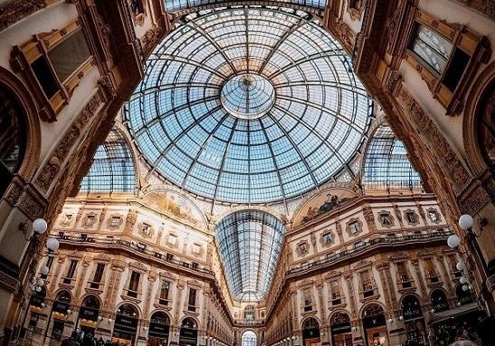Rolex arriva in Galleria. Il secondo lotto degli spazi Stefanel a Damiani spa