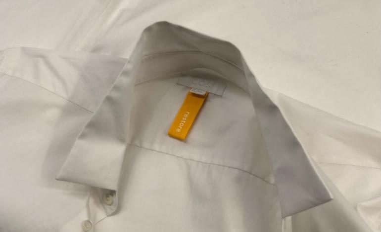 H&M sempre più sostenibile. Ora Cos recupera i vestiti danneggiati