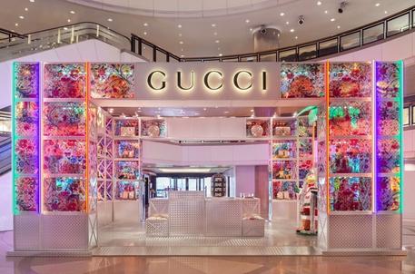 Gucci lancia i 'Pin', pop-up tematici