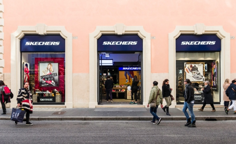 Skechers, flagship a Milano nel 2021