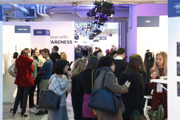 Wsm Fashion Reboot slitta a settembre