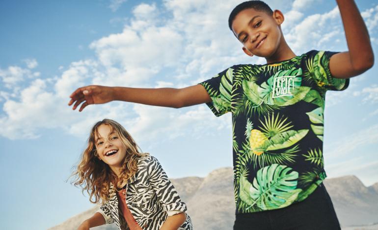 Le grafiche di Karolina Kijak colorano il kidswear di H&M