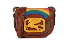 Etro celebra l'inclusività con la 'Pegaso Pride bag'