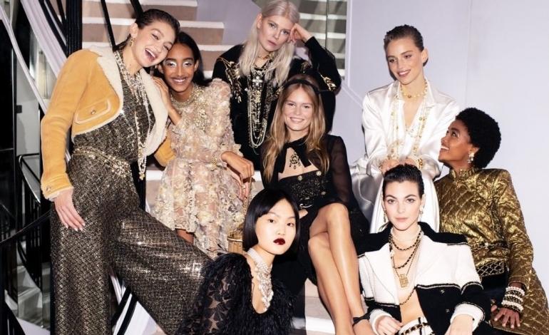 Le pre-collezioni di Chanel tornano in passerella