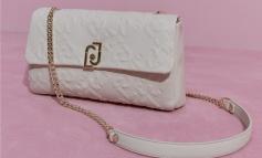 Liu Jo lancia la nuova borsa con #BagFriendsForever