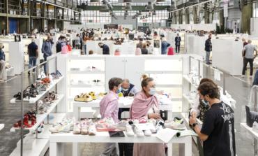 Gallery Shoes & Fashion slitta ad aprile